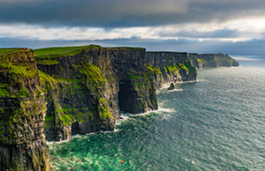 shutterstock_667142881_Cliffs-of-Moher_300px